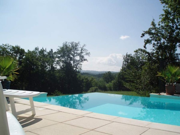 Pereyroux | Holiday Villa With Private Infinity Swimming Pool, Near Sarlat,  Gourdon And The Dordogne River.